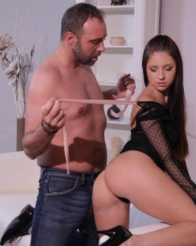 Rebecca Volpetti - Brunettes hard creampie fucking (2018) FullHD 1080p