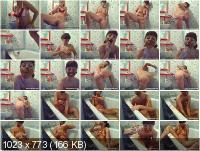 Santara - Me in bathtube full of poo and pee.. [SD]