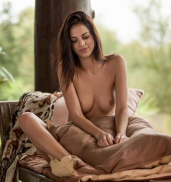 Sophie - Serene And Sexy (2018) FullHD 1080p