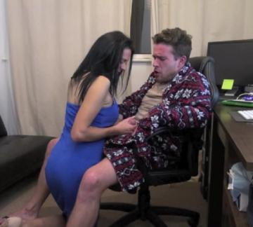 Jess Scottland - My StepMom Caught Me Wanking (2018) FullHD 1080p