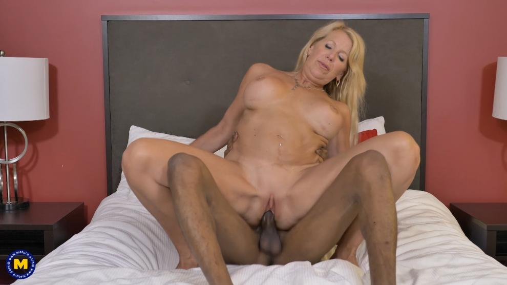 [Mature.nl / Mature.eu] Bianca J (2018-08-15) [All Sex, Blowjob, MILF, IR, 1080p]